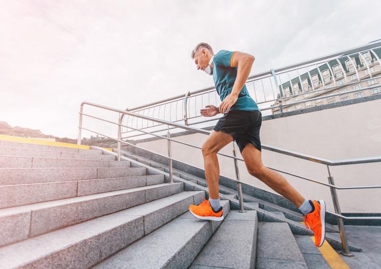 Hábitos que aumentarão sua produtividade no trabalho - Atividade física - Portal IC