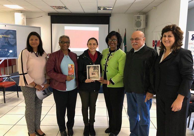 Bom Aluno recebe comitiva da Jacksonville Sister Cities Association para apresentar proposta de parceria para intercâmbio
